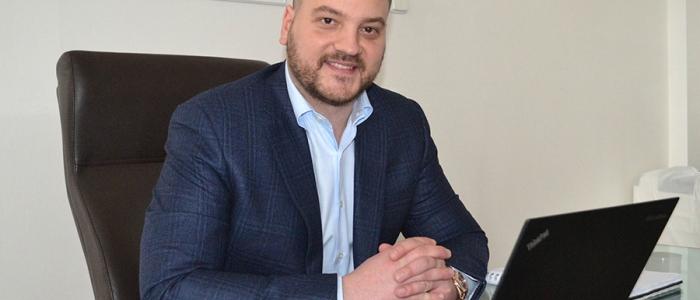 JUDr. Dávid Molnár, generálny riaditeľ spoločnosti Chemes, a. s.
