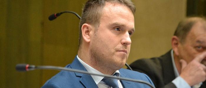 Poslanec Andrej Bača upozornil, že súčasný systém predchádzania nedoplatkov aj ich samotné vymáhanie je neefektívne.