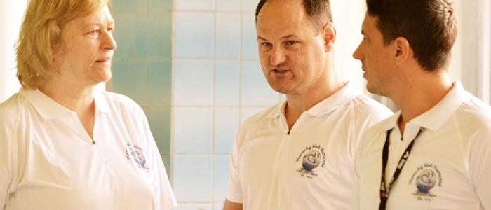 Evka Rabajdová, Anton Bača a hlavný štartér pretekov.