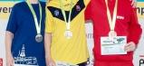 Dominoval na troch prsiarskych dĺžkach (50, 100 aj 200 metrov) - Dominik Luksaj (uprostred).