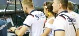 Humenčan a team manager slovenskej reprezentácie žien – Slavomír Huba pozorne sleduje slovensko-české volejbalové stretnutie.
